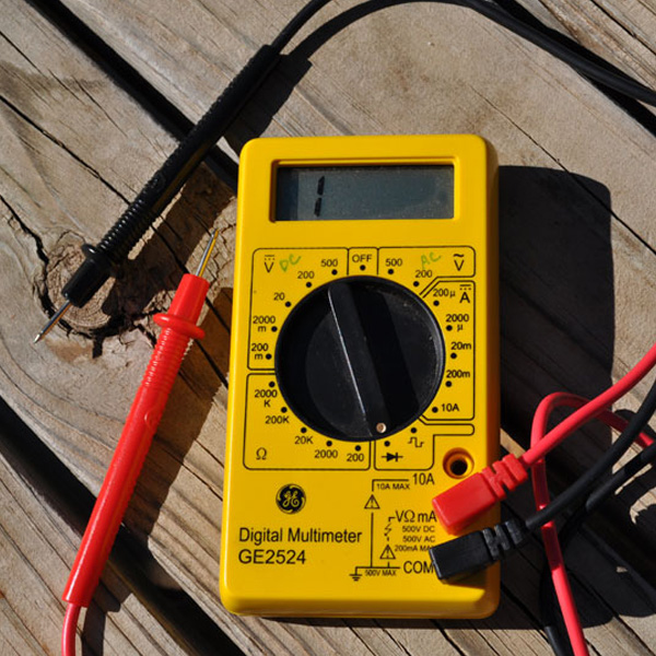 How to Use a Multimeter to Check a Pedal - Coolcircuit com